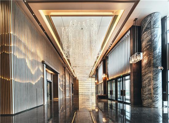 中建深圳装饰有限公司北方分公司刷新青岛天际线——新海天中心的四维解读